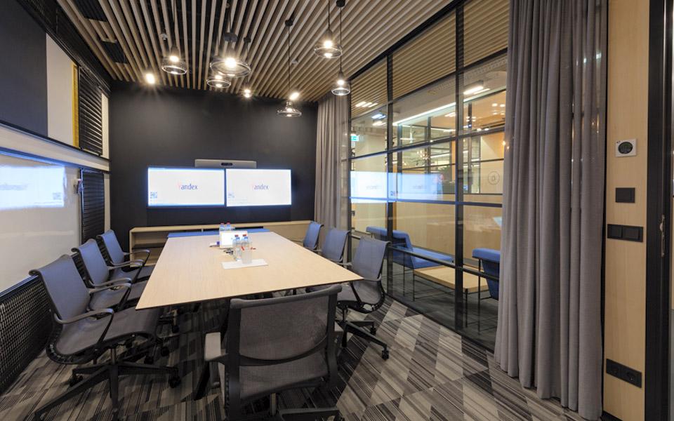 YANDEX  Office premises in the Avrora Business Center – HAKA